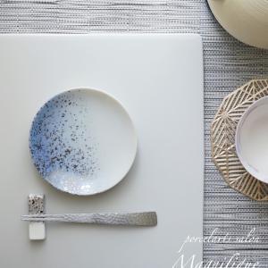 銀ちらしの豆皿と絵の具の混色