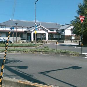JR四国の善通寺駅へ歩いて行き、列車で金蔵寺駅へ