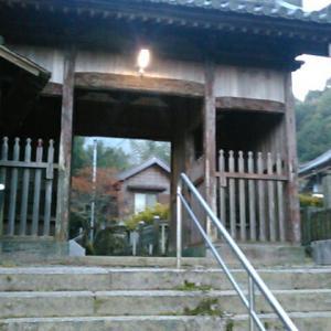 予定通り、クルマで藤井寺(四国霊場第十一番札所)まで送っていただく
