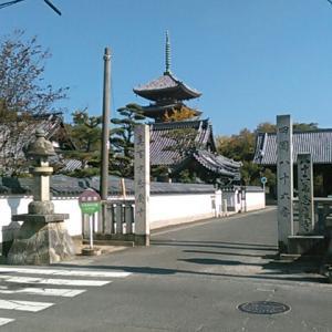 JR四国の高徳線・志度駅から志度寺へ