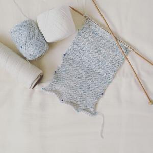 風工房のマリンニットより、ラグランカーディガン編みはじめました
