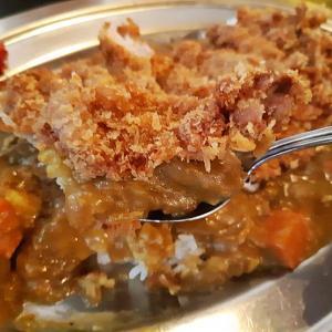 食堂食べ歩き!宜野湾市宇地泊にある『軽食の店ルビー 宜野湾店』裏技で注文できるチキンカツカレーをおいしくいただきました