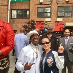 6月8日はヒップホップの日〜NYサウスブロンクスでラッパー達とグローバルHip Hopデー除幕式