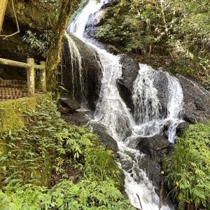 龍が通った道「道永の滝」(山口県萩市弥冨)