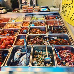 やっぱり韓国の市場のキムチ
