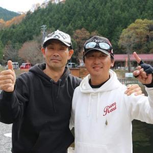 祝!落Pさん・リバーロード店主 平谷湖ペア戦にて優勝!