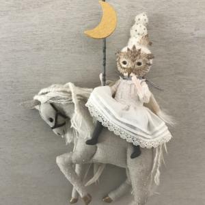 馬に乗ったLunaちゃん