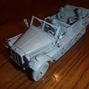 素組立:ドイツ陸軍 1トンハーフトラック sd.kfz.10