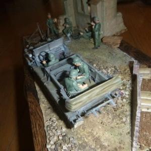 完成:ジオラマ レンガ・木製バリケード:ドイツ陸軍 1トンハーフトラック sd.kfz.10&ドイツ歩兵部隊 イタリア戦線1943&No.08 レンガ・土のう バリケード