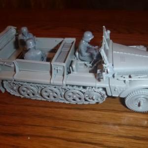 ドイツ陸軍 1トンハーフトラック sd.kfz.10  素組立