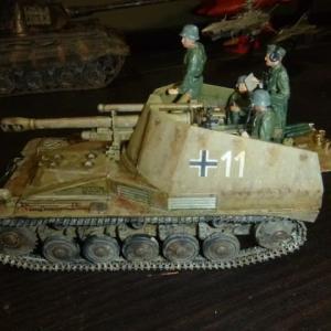 完成:ドイツ 自走榴弾砲 ヴェスペ イタリア戦線 フィギュア付き
