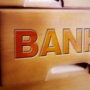 銀行は不動産投資のことはわかっていない。積算評価だけの銀行は話にならず、収益還元法を使っていても本質がわかってない。