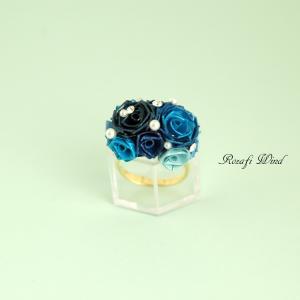 【販売中】クールな「青色のツインローズの指輪」(サイズフリー)