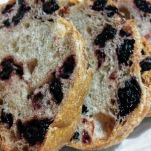 エグ・ヴィヴ (Aigues Vives)/小樽忍路◆冬でも郊外でも大人気!薪で焼くパンが美味しい人気店
