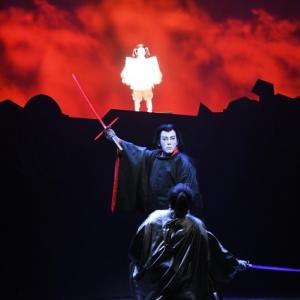 スターウォーズ歌舞伎を見たい方は…