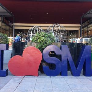 SMシティセブでお買い物