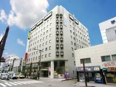 お部屋でゴロゴロ宴会!──「スマイルホテル金沢」(冬の北陸ドライブ旅行 その3)