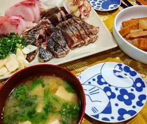 ★晩御飯献立:カツオのタタキ+お弁当☆ミ