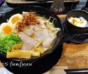 ★晩御飯献立:外食 煮玉子付き醤油ラーメン+お弁当☆ミ