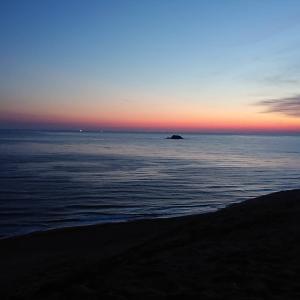 『鳥取砂丘の朝焼け』