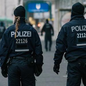 死別から今日までのこと ⑦ (死別から2年10ヶ月) バスタオル姿で警官に囲まれる