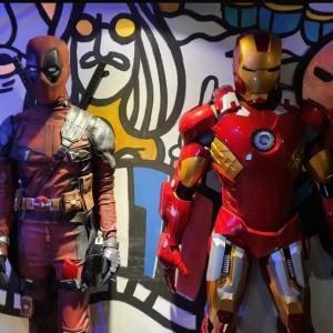 ディップとアイアンマンスーツが飾ってるチャニョルパパのお店!