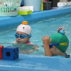 ホリデー水泳レッスン