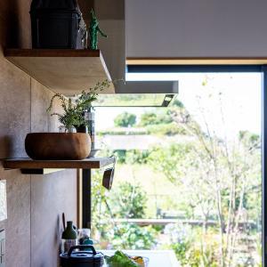 庭先アウトドアの家④「土間キッチン」