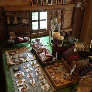 茅野市ギャラリーカフェそよ風にてハンドメイド展示販売