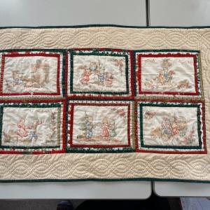 ローズガーデンのパターンを使ったタペストリーとクリスマスミニタペストリー