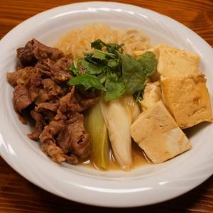 白鶴大吟醸のつまみは肉豆腐