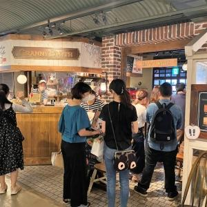 GRANNY SMITH APPLE PIE & COFFEE@赤レンガ倉庫 (アーモンドチョコレートのアップルパイ ほか)