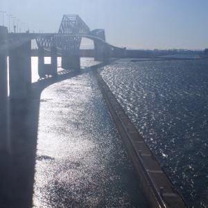 ゲートブリッジと海のキラキラ