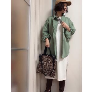 しまむらの500円ワンピを秋も着まわす、合わせるジャケットは、あえて大きめにする。