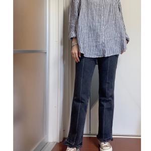 今年のUNIQLOのリネンシャツはサイズをあげて、ゆるコーデ