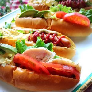 今日なに食べる?「ホットダックスフント」ならぬ「ホットドッグ」