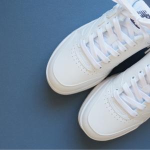 ホワイト×スニーカーを購入!ニューバランスの履き心地