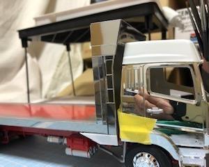 活魚車プラモデル⑥ キャブ色編~アオシマ1/32三菱スーパーグレートハイルーフキット改造