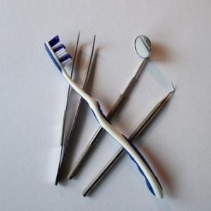 歯茎の違和感を放置しなくて良かった。歯医者で診てもらった良かった、と思ったお話。
