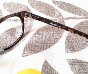 アラフィフ。ついに老眼鏡を2つ持つことにした。どうして?