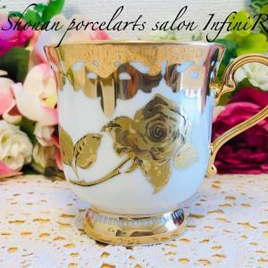 ポーセラーツで贅沢な金彩マグカップ♥アンフィニローズ