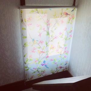 弥勒寺サロンにカーテンが付きました♥アンフィニローズ