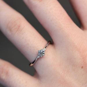 大人可愛い・華やかで上品なご婚約指輪 雅 元町店