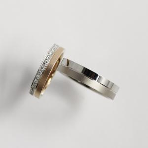 パラジウムを使用しないプラチナでお肌に優しいご結婚指輪 雅 元町店