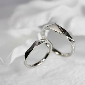美しい輝きがお手元に存在感を・・・結婚指輪 雅元町店