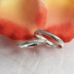 カジュアル 細身 上品 結婚指輪