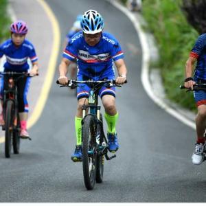 巴山の奥深くにサイクリングの楽園 陝西省平利県