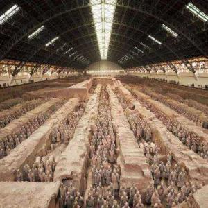 秦始皇帝陵博物院、来場者数が1日延べ2万人に 陝西省西安市