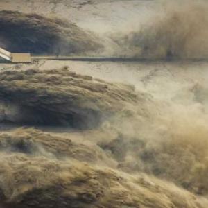 黄河小浪底景勝地の黄河が生み出すダイナミックな光景 河南省洛陽