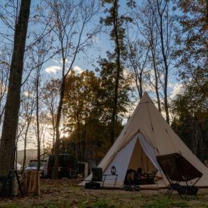 冬キャンプは魅力的な林間のキャンプ場へ【琵琶湖里山オートキャンプ場】